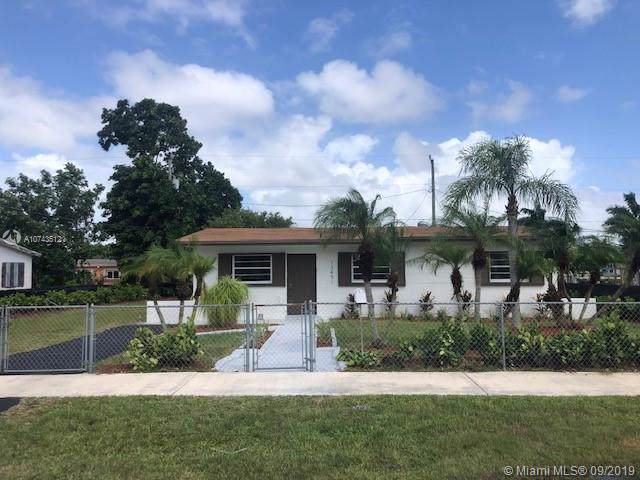 13451 SW 266th St, Naranja, FL 33032 (MLS #A10743512) :: The Riley Smith Group