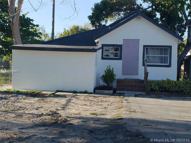 4233 SW 9th Terrace, Miami, FL 33134 (MLS #A10743573) :: RE/MAX Presidential Real Estate Group
