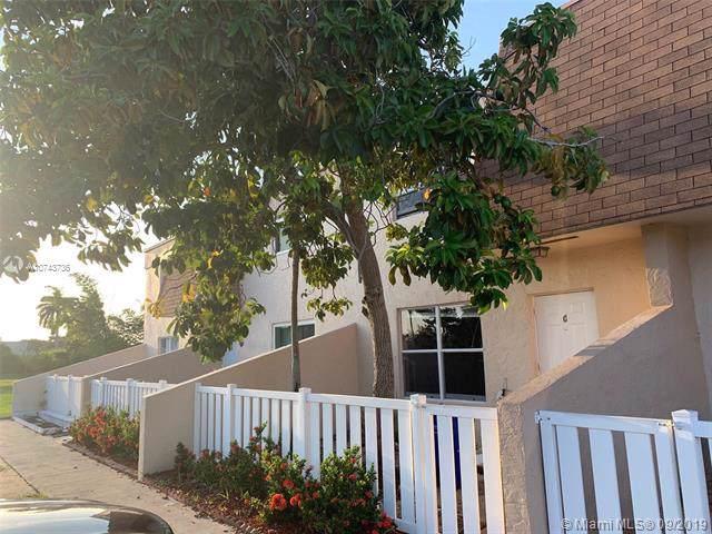Margate, FL 33063 :: Miami Villa Group