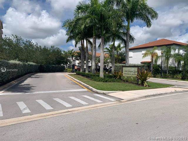 1036 NE 30th Ave, Homestead, FL 33033 (MLS #A10743751) :: The Kurz Team