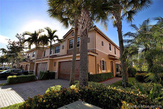 10869 NW 74th Dr, Parkland, FL 33076 (MLS #A10743772) :: Castelli Real Estate Services