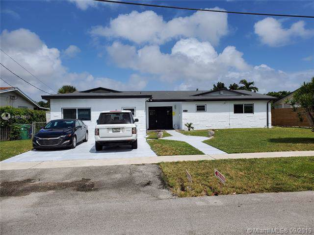 1835 NE 187th St, North Miami Beach, FL 33179 (MLS #A10743910) :: The Erice Group