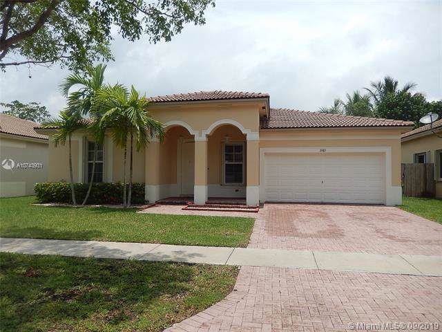 3985 NE 15th St, Homestead, FL 33033 (MLS #A10743931) :: The Jack Coden Group
