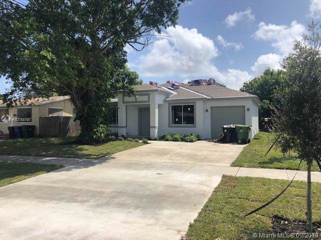 3030 NW 26th St, Fort Lauderdale, FL 33311 (MLS #A10744197) :: Castelli Real Estate Services