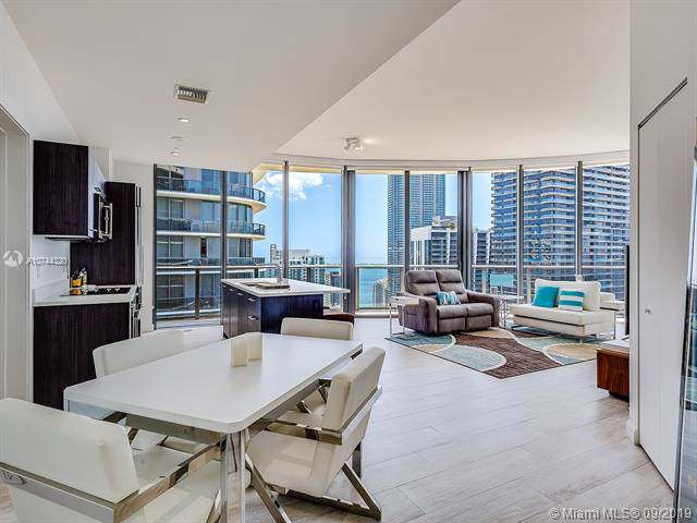 55 SW 9th St #4303, Miami, FL 33130 (MLS #A10744320) :: Grove Properties