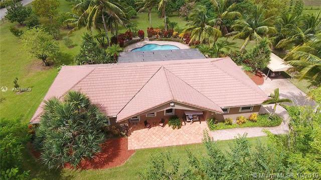 22700 SW 212th Ave, Miami, FL 33170 (MLS #A10744409) :: Grove Properties