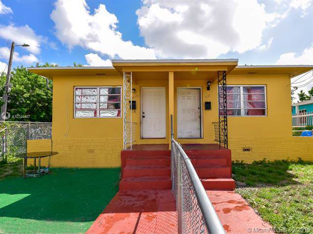 3437 NW 3rd Ave, Miami, FL 33127 (MLS #A10744447) :: The Jack Coden Group