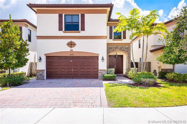 10080 NW 86th Ter, Doral, FL 33178 (MLS #A10744526) :: Berkshire Hathaway HomeServices EWM Realty