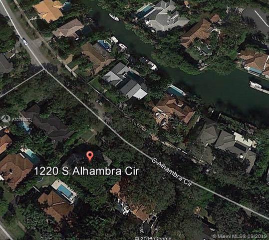 1220 S Alhambra Cir, Coral Gables, FL 33146 (MLS #A10744527) :: Berkshire Hathaway HomeServices EWM Realty