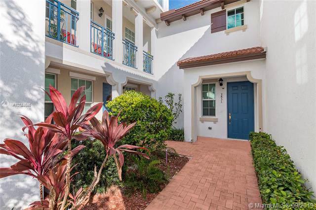 2853 SW 119th Rd #2853, Miramar, FL 33025 (MLS #A10744646) :: Grove Properties