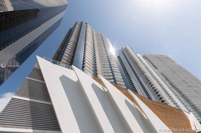 17121 Collins Ave #2804, Sunny Isles Beach, FL 33160 (MLS #A10744795) :: The Teri Arbogast Team at Keller Williams Partners SW