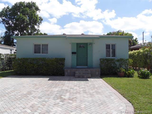 438 Plover, Miami Springs, FL 33166 (MLS #A10744902) :: Grove Properties