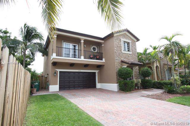 22533 SW 94th Ct, Cutler Bay, FL 33190 (MLS #A10745082) :: RE/MAX Presidential Real Estate Group
