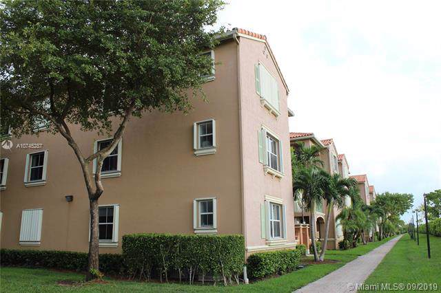 6670 NW 114th Ave #625, Doral, FL 33178 (MLS #A10745287) :: Grove Properties