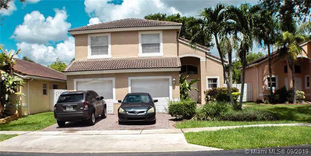13827 SW 32nd St, Miramar, FL 33027 (MLS #A10745382) :: Grove Properties