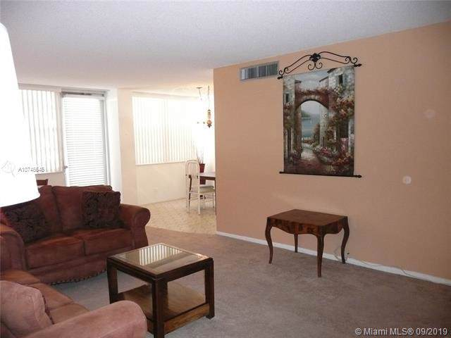 250 174th St #306, Sunny Isles Beach, FL 33160 (MLS #A10745645) :: The Paiz Group