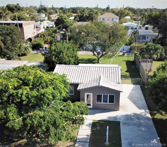 2518 Thomas St, Hollywood, FL 33020 (MLS #A10745748) :: Ray De Leon with One Sotheby's International Realty