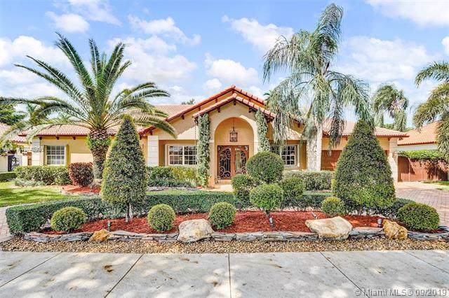 15512 NW 82nd Pl, Miami Lakes, FL 33016 (MLS #A10745966) :: RE/MAX Presidential Real Estate Group