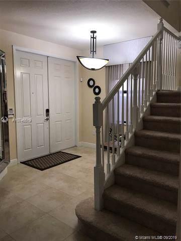 8860 NW 99th Path, Doral, FL 33178 (MLS #A10746519) :: Berkshire Hathaway HomeServices EWM Realty
