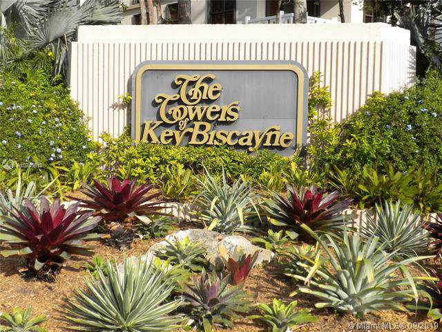 1111 Crandon Blvd A405, Key Biscayne, FL 33149 (MLS #A10746613) :: Grove Properties