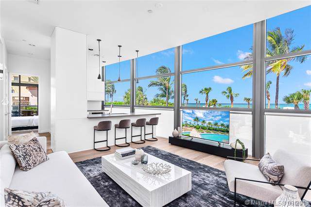 5875 Collins Ave #201, Miami Beach, FL 33140 (MLS #A10746888) :: Ray De Leon with One Sotheby's International Realty