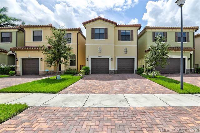 4832 NW 56th Ct, Tamarac, FL 33319 (MLS #A10747231) :: Grove Properties