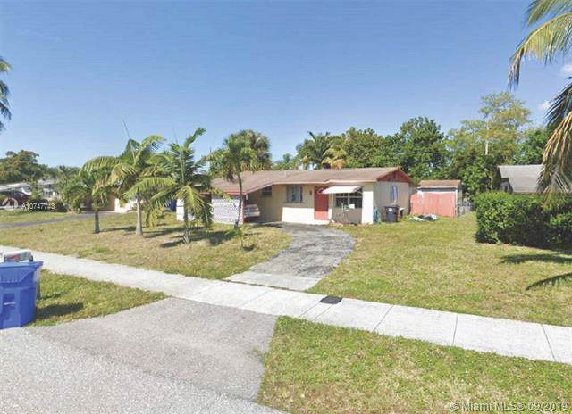 6001 NW 42nd Ter, North Lauderdale, FL 33319 (MLS #A10747743) :: Grove Properties
