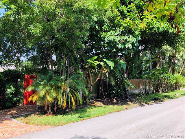 3051 Jefferson St, Miami, FL 33133 (MLS #A10748442) :: Grove Properties