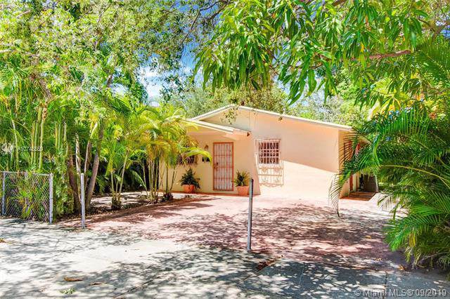 77 NE 43rd St, Miami, FL 33137 (MLS #A10748559) :: Ray De Leon with One Sotheby's International Realty