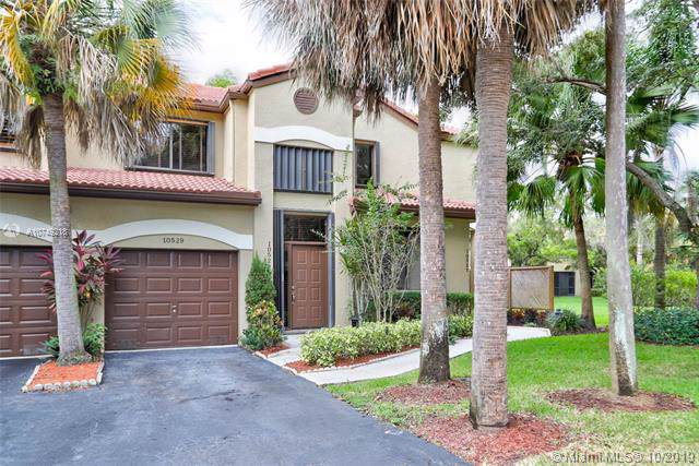 10529 NW 10th St D-130, Plantation, FL 33322 (MLS #A10749218) :: Ray De Leon with One Sotheby's International Realty