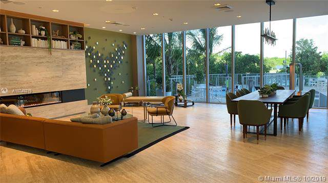16385 Biscayne Boulevard #2216, North Miami Beach, FL 33160 (MLS #A10749219) :: Grove Properties