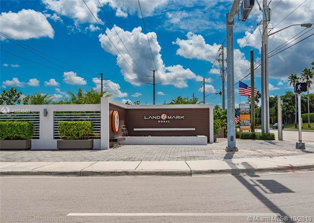 6325 NW 104th Path #6325, Doral, FL 33178 (MLS #A10749433) :: Ray De Leon with One Sotheby's International Realty