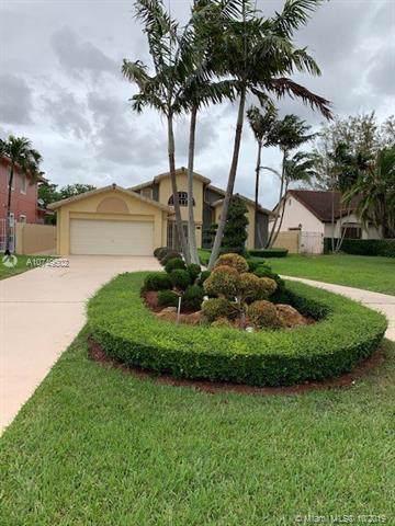 2511 SW 117th Ave, Miami, FL 33175 (MLS #A10749502) :: Albert Garcia Team
