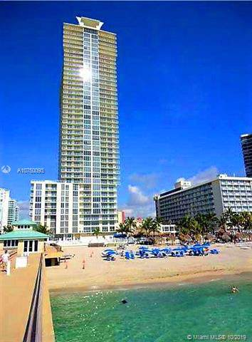 16699 Collins Ave #3905, Sunny Isles Beach, FL 33160 (MLS #A10750093) :: Castelli Real Estate Services