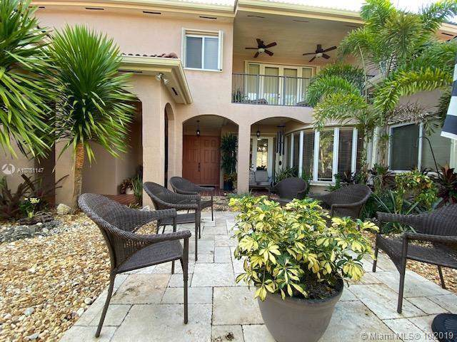 1906 SE 23 CT, Homestead, FL 33035 (MLS #A10751147) :: Ray De Leon with One Sotheby's International Realty