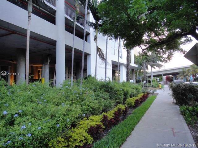 10 SW South River Dr #1012, Miami, FL 33130 (MLS #A10751615) :: Green Realty Properties