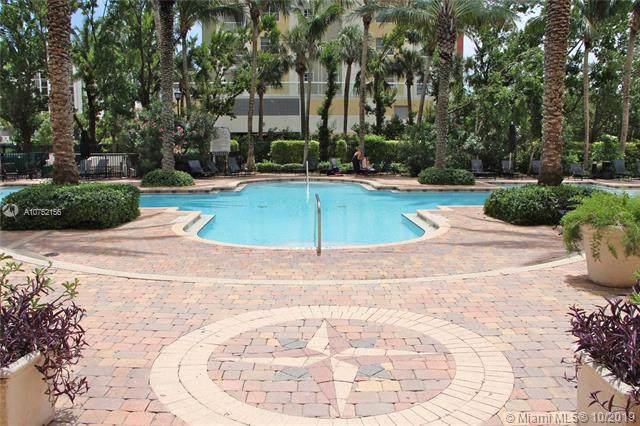 17150 N Bay Rd #2402, Sunny Isles Beach, FL 33160 (MLS #A10752156) :: Grove Properties