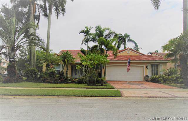 394 SW 188th Ave, Pembroke Pines, FL 33029 (MLS #A10753184) :: RE/MAX Presidential Real Estate Group