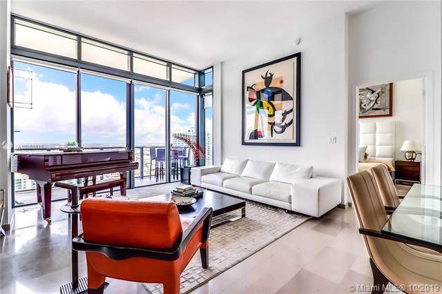 68 SE 6th St #4104, Miami, FL 33131 (MLS #A10753313) :: Grove Properties