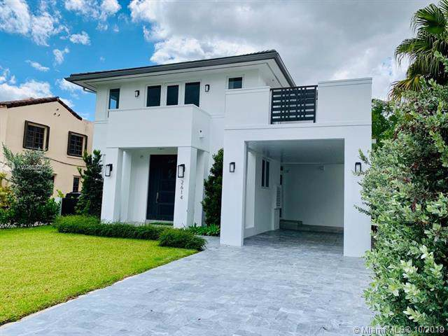 2614 Alhambra Cir, Coral Gables, FL 33134 (MLS #A10753325) :: Ray De Leon with One Sotheby's International Realty