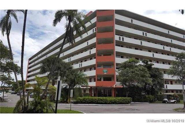 1770 NE 191st St 601-1, Miami, FL 33179 (MLS #A10753344) :: The Riley Smith Group