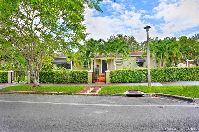 2425 SW 24th Ave, Miami, FL 33145 (MLS #A10753701) :: The Teri Arbogast Team at Keller Williams Partners SW