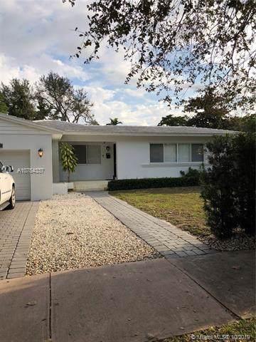 5711 Marius St, Coral Gables, FL 33146 (MLS #A10754337) :: The Paiz Group