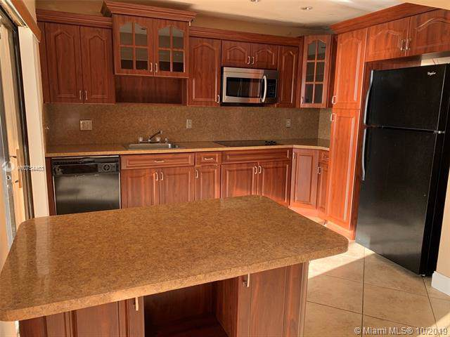 Hialeah, FL 33016 :: RE/MAX Presidential Real Estate Group