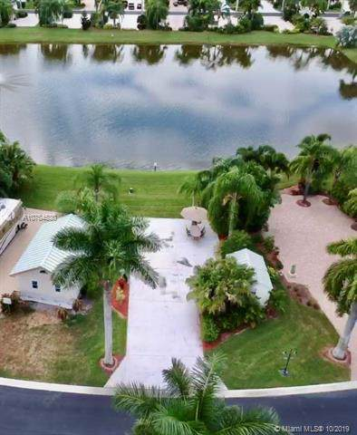 3019 E Riverbend Resort Blvd, Other City - In The State Of Florida, FL 33935 (#A10754530) :: Real Estate Authority