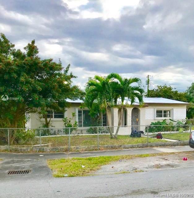 2740 NW 171st Ter, Miami Gardens, FL 33056 (MLS #A10755801) :: Berkshire Hathaway HomeServices EWM Realty