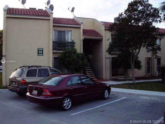 5310 NE 6th Ave B14, Oakland Park, FL 33334 (MLS #A10756935) :: GK Realty Group LLC