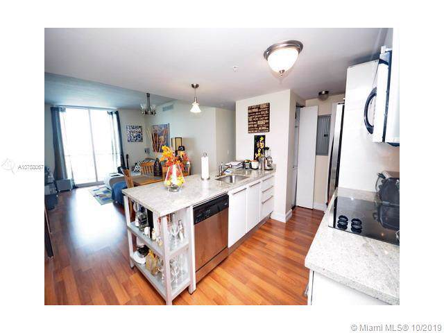 185 SW 7th St #2009, Miami, FL 33130 (MLS #A10758067) :: The Howland Group