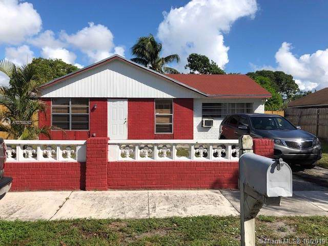 741 NW 15th Ct, Pompano Beach, FL 33060 (MLS #A10758092) :: Ray De Leon with One Sotheby's International Realty