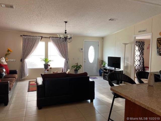 1500 65th Way, Boca Raton, FL 33428 (MLS #A10759512) :: Albert Garcia Team
